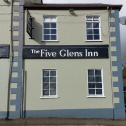 Five Glens Inn
